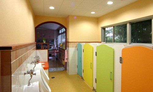 15 園児トイレ 新